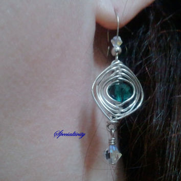 herringbone wire wrapped earrings by Specialtivity on Etsy