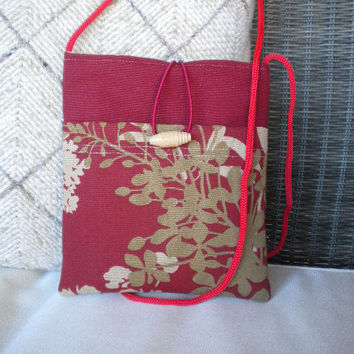 Sling and Simple Crossbody Shoulder Bag/  by maycascollection