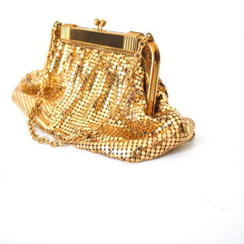 whiting and davis mesh bag/ 1950s gold cocktail purse