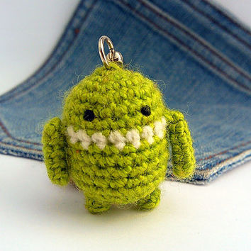 Amigurumi Android keychain, crochet android robot, android keychain.