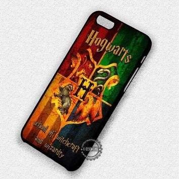 School Of Witches Hogwarts Fandom - iPhone 7 6 5 SE Cases & Covers