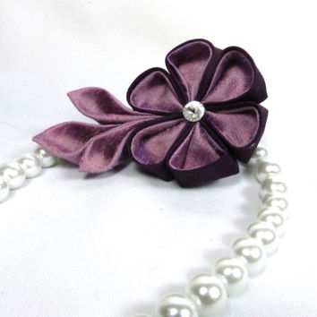 Designer Dog Collar - White Pearl and Lavender and Purple Kanzashi Flower - dog collar necklace, pearl necklace for dogs, wedding dog collar