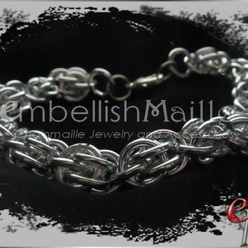 Silver Sweet Pea  Chainmaille Bracelet ~Nickel Lead Free great for anyone with metal allergies!~