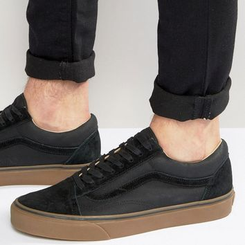 Vans Old Skool Gum Trainers In Black VA2XS6JYD