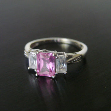 Estate 10K White Gold Pink Sapphire Diamond Ring / 1.7 Grams /  LGL Leer Gem, Ltd. Designer Signed