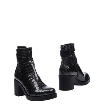 CONNI Ankle boot - Footwear D | YOOX.COM