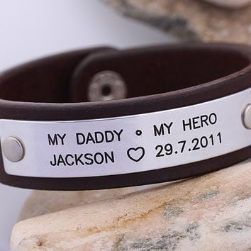 Personalized Fathers Bracelet - Hand Stampled Leather Bracelet  -  Mens Leather Bracelet  - Father Day Gift