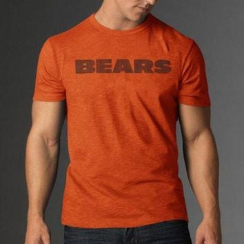 MDIGON Chicago Bears NFL Scrum Men's Tee (Carrot) (2X-Large)
