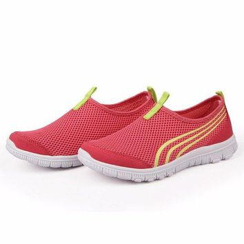 Mesh Breathable Flat Sport Shoes