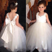 2016 Lovely Flower Girls Dresses For Weddings Tulle Backless Ball Gown For Girls Pageant Dresses For Little Girls