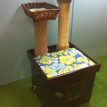 DELUXE KITTY CAT all-in-one,heated cat bed, litter box enclosure, feeder, scratcher, cat tree furniture
