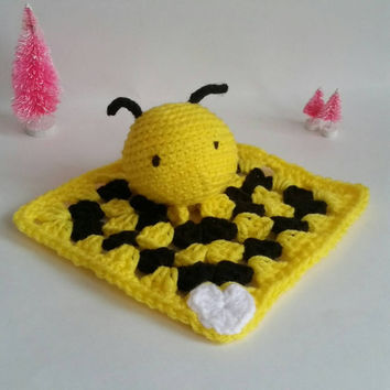 Bee Amigurumi Blankie Lovey. Crochet Bumblebee Stuffed Animal. Bee Plushie. Bee Nursery Decoration