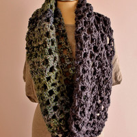 Unisex Crochet Shawl, Handmade Wool Scarf, Two Coloured Crochet Wool Loop