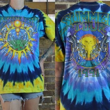 Vintage 90's Tie Dye Dead Parking Lot Grateful Dead Tour T Shirt