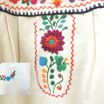 Mexican dress, White hippie dress, Traditional mexican dress, Embroidered dress, Mexican maxi dress, White festival dress, Peasant dress