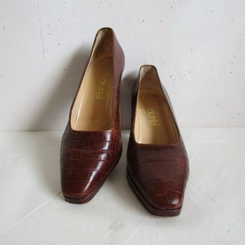90s Faux Crocodile Leather Shoes Laurel Vintage Platform Dark Brown Designer 1990s Womens Pumps 38.5