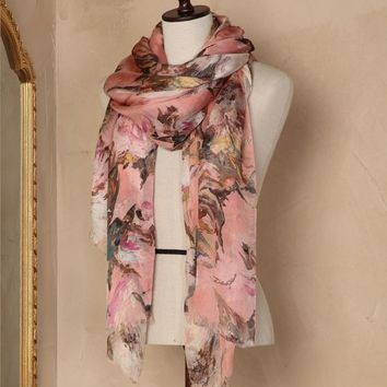 Rose print stole Women - Scarves & foulards Women on Dolce&Gabbana Online Store United States - Dolce & Gabbana Group