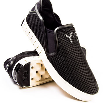 Y-3 Laver Slip On Black/Black/Cream Sneaker