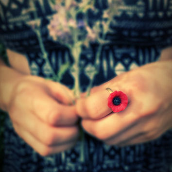 Poppy flower ring,boho red flower ring,adjustable,flower accessory,clay  flower ring,bronze ring,shabby chic,floral ring,flower power
