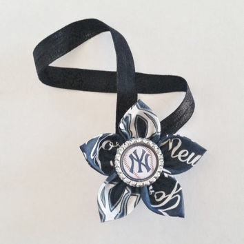 new York Yankees Headband, Yankees Hair Accessory, Yankees Fan Gift, Newborn Baseball Headband, Baby Yankees Headband, Yankees Baby