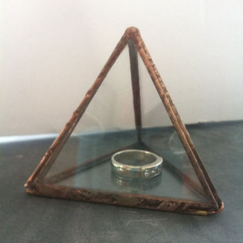 Glass display box ,Glass ring box, small jewelery box, triangle glass container, trinket box, proposal ring box, glass gift box