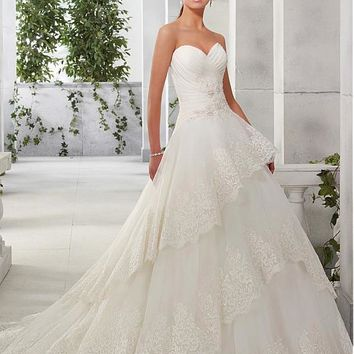 [208.99] Attractive Organza & Satin Sweetheart Neckline A-Line Wedding Dresses With Beaded Lace Appliques - dressilyme.com