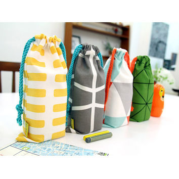 PlanD Pattern fabric drawstring small pouch