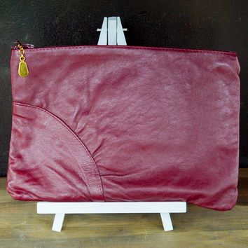 Vintage Clutch, Cranberry Clutch Purse, Burgundy Small Handbag, Maroon Vegan Pleather Purse, Faux Leather Hang Bag, Zip Pouch, Travel Bag