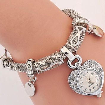 Women's Vintage Luxury Gold and Silver Watch Girls' Wrist Watch Stylish Heart Pendant Rope Bracelet Watch  montre femme