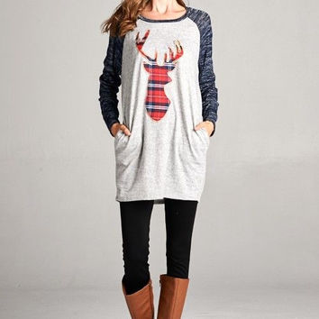 Plaid My Deer Tunic Top in Navy