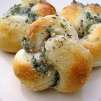 Easy Parmesan Knots | Real Mom Kitchen