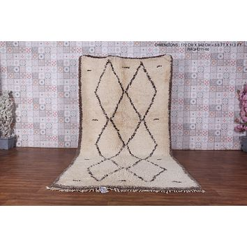 Large beni ourain rug, 5.6 ft x 11.2 ft