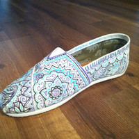 HandPainted Custom TOMS MultiColor on Natural by allisonayers