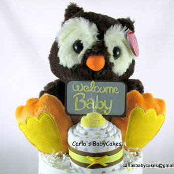 Owl diaper cake | Neutral diaper cake | Baby shower decoration | Baby shower gift | New mom gift | Unique diaper cake | Baby diaper cake