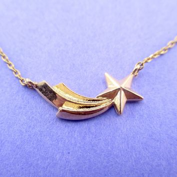 Wish Upon A Shooting Star Shaped Pendant Necklace in Gold