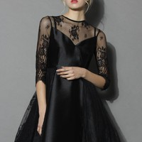 Charming Queen Lace Flare Dress in Black
