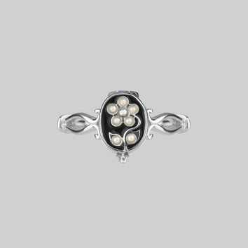 SOLEMN. Pearl Floral Poison Silver Ring – REGALROSE