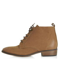 BARB Lace Up Boots - Tan