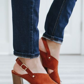 Simple Soiree Heels - Camel