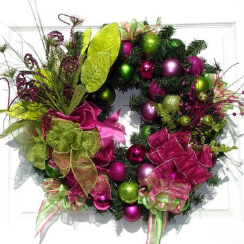 Retro Christmas Wreath / Hot Pink Wreath / by englishrosedesignsoh