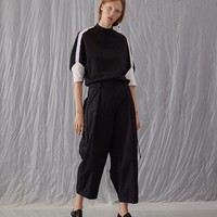Wide Legged Cropped Pant