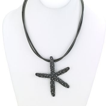 Short Leather Necklace with Starfish Pendant