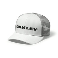 Oakley Tech Trucker Print Golf Hat (White)