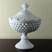 White Hobnail Milk Glass Footed Candy Dish with Lid (E1088)