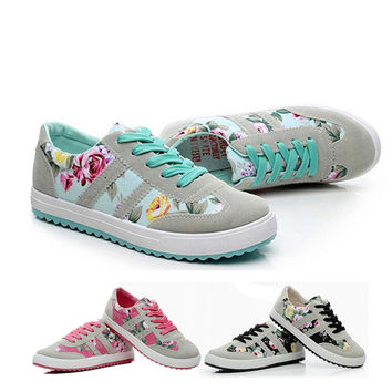 Women Print Round Toe Canvas Lace-up Flowers Sneakers