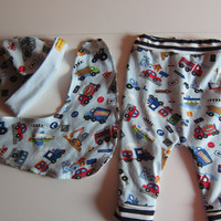 Baby Bloomers pants, beanie, reversible bib set, cars, Handmade, Made to Order,