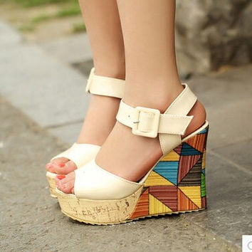 Women new fashion spring summer 11cm Ultra high heels wedges patent leather open toe high-heeled sandals buckle shoes