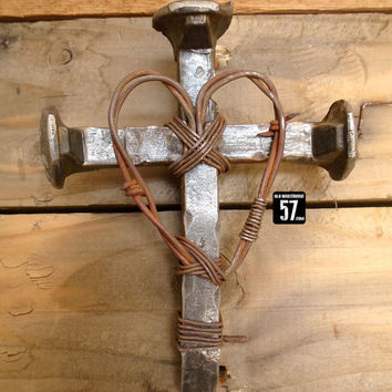 Railroad Spike Cross Barbed Wire Heart Metal Cross Western Cross Rustic Cross Barbed Wire Art Western Wall Cross Metal  Crosses RSC-083