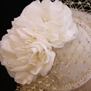 Beautiful Bridal Fascinator in Ivory and Gold