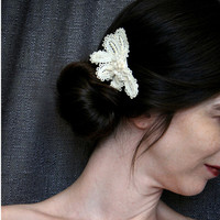 bridal lace hair clip -SWEET AND SIMPLE - vintage ecru